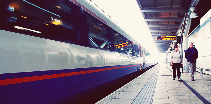 PHOTO: Train speeding through Derby Station